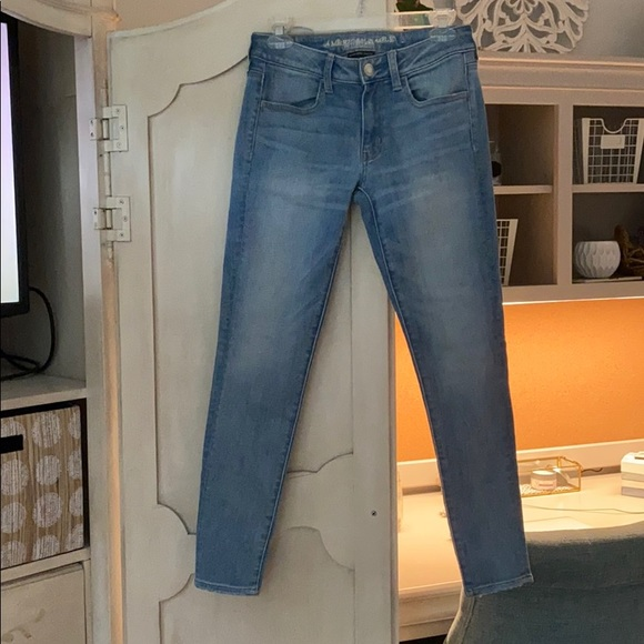 American Eagle Outfitters Denim - American Eagle stretch jeans